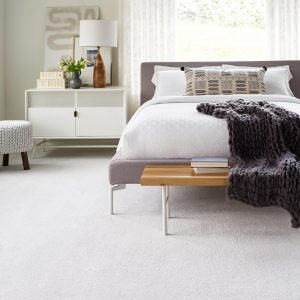 White Carpet in Bedroom | Terry's Floor Fashions