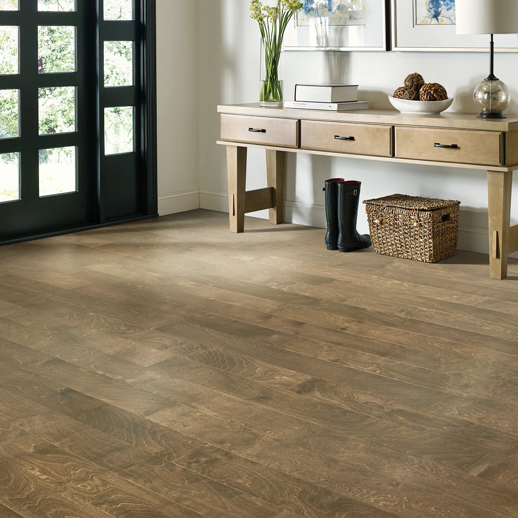 Traditional wood looks   Terry's Floor Fashions