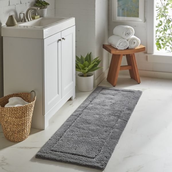 Using Rugs in the Bathroom | Terry's Floor Fashions