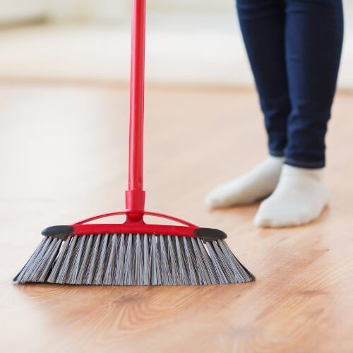 Laminate Floor Cleaning | Terry's Floor Fashions